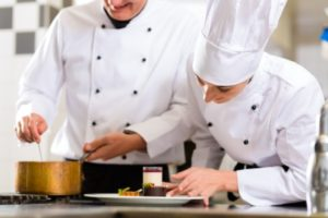 7-tips-to-those-wanting-to-develop-their-career-as-a-chef